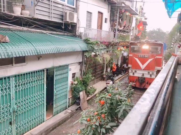 ベトナム・ハノイのトレインストリート